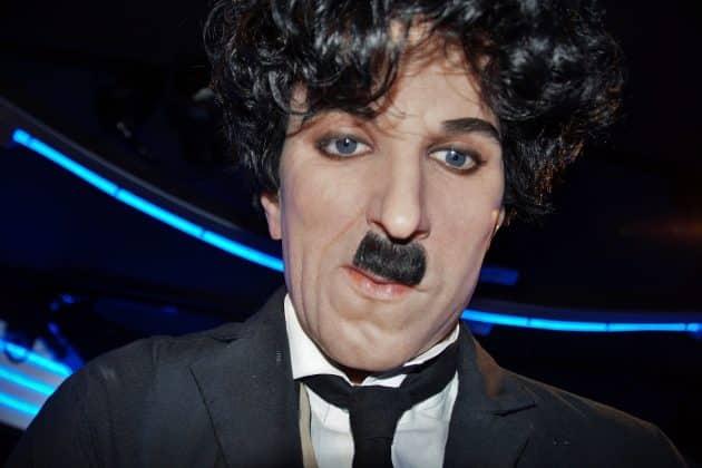 Statue de Charlie Chaplin dans le musée Grévin