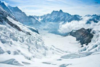 Sneeuw in bergen